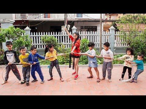 Xxx Mp4 Kids Go To School Chuns Learn Dance Kids Play Tug The Strength Of The Children 3gp Sex