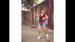AVNEET KAUR HOT DANCING VIDEO 😘😘MUST WATCH ALL AVNEET FANS 😍😍