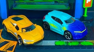 FAST LANE COLOR CHANGE CAR WASH PLAYSET WITH HOT WHEELS COLOR SHIFTERS AND DISNEY CARS COLOR CHANGE