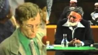 Ahmed Deedat Answer - Christian missionaries have no questions on the topic!