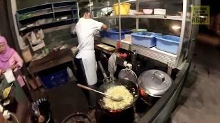 Kuliner Bakmi Jawa - Ternyata ini rahasia Pak Kuncung agar masakannya enak
