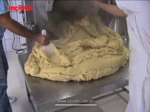 Masseira para salgados Como fazer massa para coxinha e salgados