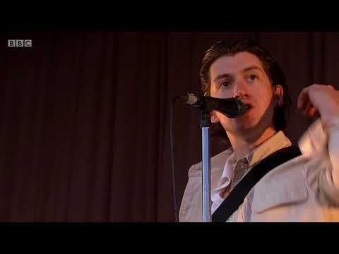 ARCTIC MONKEYS - ONE POINT PERSPECTIVE LIVE AT TRNSMT 2018