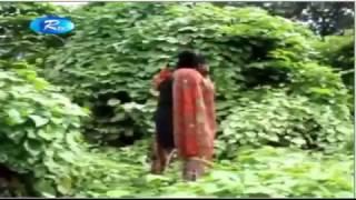 মিরপুরে বেড়িবাঁধের রাস্তার দু'পাশে দিনে-দুপুরে চলছে অসামাজিক কাজ