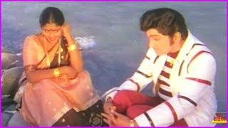 ANR And Jayasudha Video Song - Srivari Muchatlu Telugu Movie | Super Hit Telugu Song