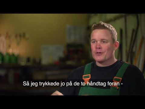 Xxx Mp4 Julle Prøver Kræfter Med En Cykel 3gp Sex