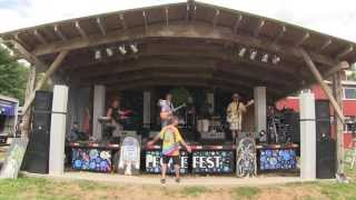 "East End Drive ""Cold Rain and Snow"" (Grateful Dead Cover) Live @ People Fest 2013"