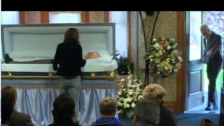 Jackass bad grandpa (funeral  scene)