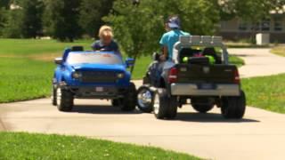 Sidewalk Cops 4 Head On Collision Scene