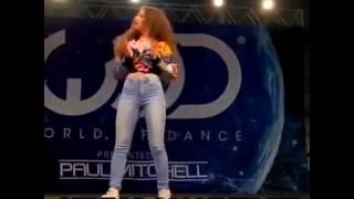 Hip Hop la mejor chica bailando popping