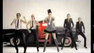 Vicky Shu Plagiat Ashley Tisdale (Mari Bercinta vs Not Like That)