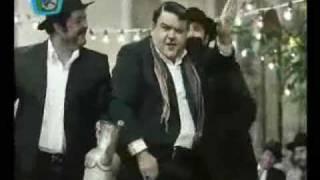 رقص اکبر عبدی - چه جوری میری تو آفتابه