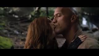 jumanji 2 kiss scene