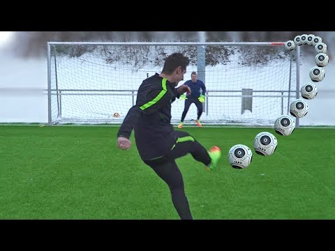 Download freekickerz vs Klose - Penalty Shootout Challenge