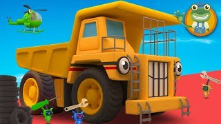 George The GIANT Dump Truck Visits Gecko