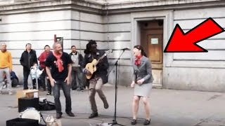 Straßenmusiker holt Frau aus Publikum ans Mikrofon - Was folgt ist wunderbar!