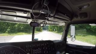 389 Peterbilt ripping up I-68 Wv with 30,000 lbs