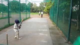 4 Year Old Kid plays cricket like Virat Kohli -Viral Video