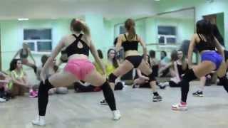 Twerk booty dance by Keat Mel! Open lesson with my girls)))
