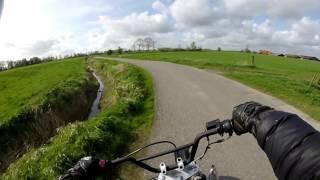 Dirtbike/Enduro Heizen am Deich