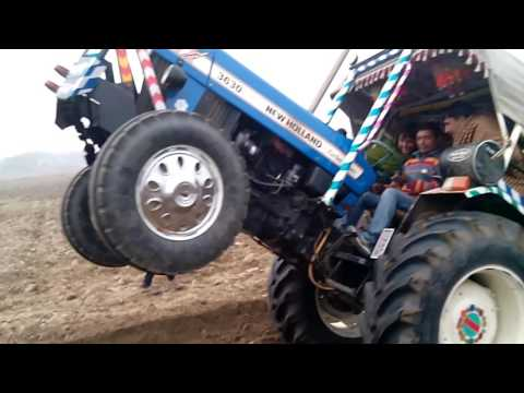 New Holland 3630 with turbo fail vs sonalika 750Mangita hullaniya three herro mukabla
