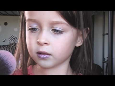 Cute 4 Year Old Putting On Makeup ONLY For Fun