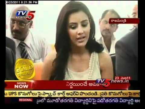 TV5 - Priya anand, Tashu Kaushik in Rajahmundry