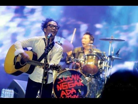 SLANK - VIRUS Konser SLANK HUT 30 THN NGGAK ADA MATINYA 2013