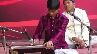 Very Very Very Fast Fingers in Raag Yaman (Part - 2) | Solo Harmonium by Master Nishad