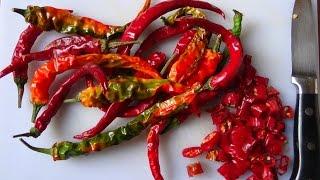 How to make Italian hot chilli oil, Piccante