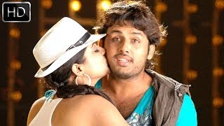 Drona Movie || Yem Maaya Chesavo Video Song || Nitin, Priyamani