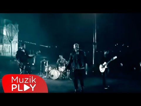Gripin Durma Yağmur Durma Official Video