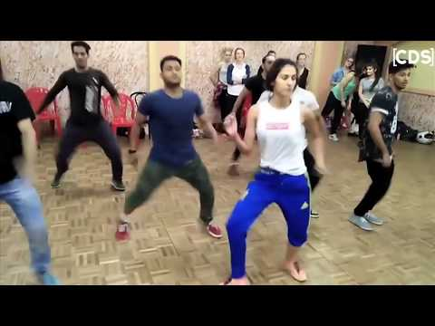 Download Disha Patani HOT Dance Rehearsal With Boys - Latest Video