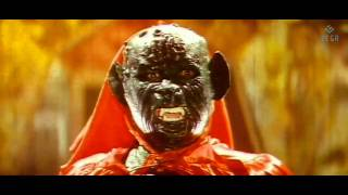 Vijayaprathapan - Bala Krishna Fight With Green Glass Monster