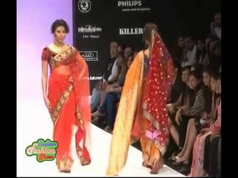 Xxx Mp4 Erotic Indian Models In Hot Saree On Ramp 3gp Sex