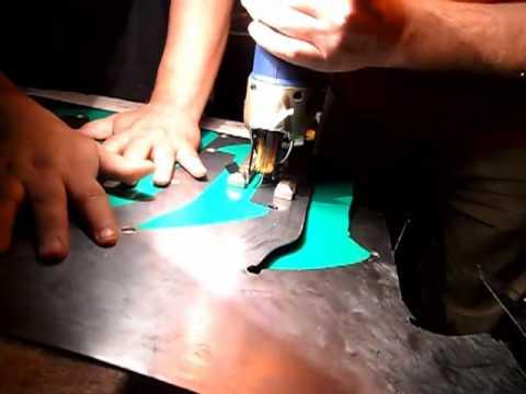 como hacer letras metalicas de lamina parte 1.mp4