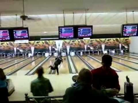 Me Bowling MJMA 2008