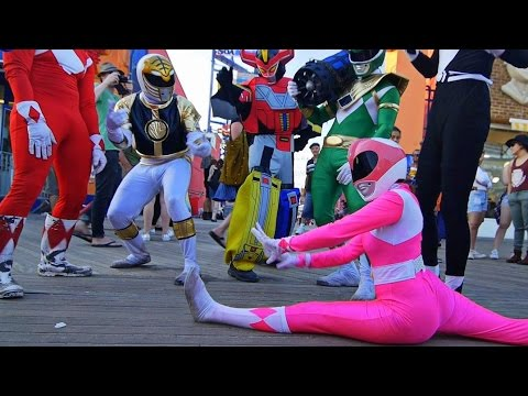 POWER RANGERS TAKE OVER NYC EPIC FLASH MOB