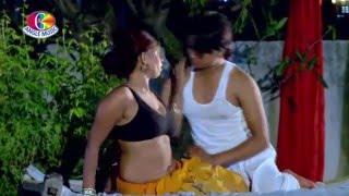 Latest Hot Bhojpuri - माल उहे में गिरवेला Maal Uhe Mein Giraawela | HD Video 2016