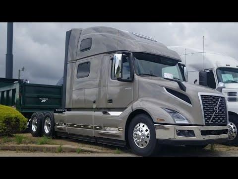 2021 Volvo VNL 860 Semi Truck Full Walkaround Exterior and Interior