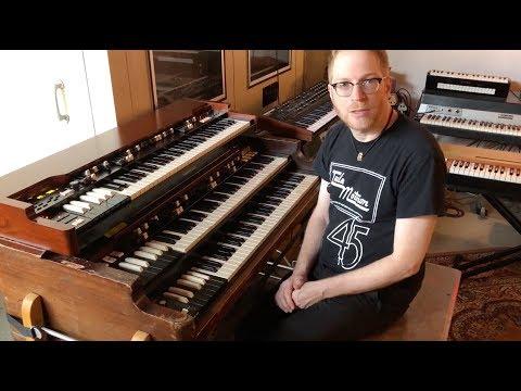 Andy Burton Compares the Hammond XK 5 to a Vintage Hammond B 3
