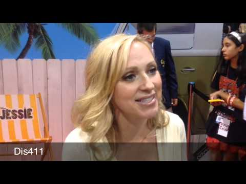Xxx Mp4 Leigh Allyn Baker Interview At The 2013 D23 Expo 3gp Sex