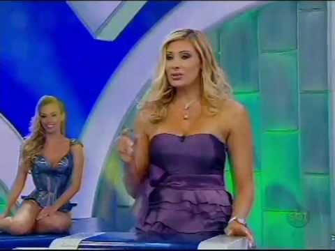 Jogo das 3 pistas Ângela Bismarchi x Valesca Popozuda Programa Silvio Santos parte 1