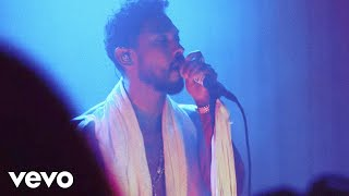 """Miguel - """"leaves"""" WILDHEART Experience Live from Red Bull Studios"""