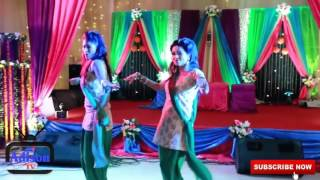 Shoumik, Shouvik, Ishika amd toya dance in Holud sonda