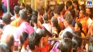 ചോറ്റാനിക്കര ദേവി ക്ഷേത്രത്തില് മകംതൊഴുത് ആയിരങ്ങള്   Chottanikkara Makam