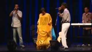 Dalmar Yare iyo Hodan Abdirahman-Mac Mac(Kiss Kiss)