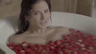 New sunny Leone video 2017 adult 18+