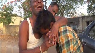 आबकारी पुलिस का बेरहम चेहरा, शराब तस्कर को अधमरा होने तक पीटा | Pratapgarh News