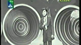 SAWAN AYE SAWAN JAYE TUJHKO PUKARE (The Great Akhlaq Ahmed Live on PTV)2.flv